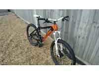 On one 456 evo carbon fibre 140mm travel mountain bike