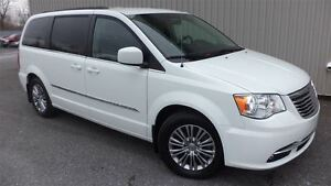 2014 Chrysler Town & Country Touring-L==CUIR==DEMARREUR