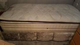 MATTRESS 1000 POCKET MEMORY PILLOW TOP