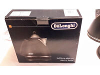 NEW & BOXED - DELONGHI ARGENTO KETTLE - BLACK