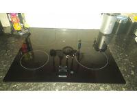 Black gloss Baumatic digital hob