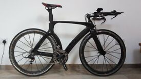 Carbon time trial bike - very light. Sram Red - FSA - Mavic Cosmic Carbone