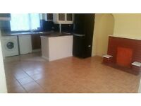 3 BEDROOM HOUSE NEAR BECONTREE STATION. *PART DSS ACCEPTED WITH GUARANTOR*