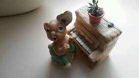 Rabbit and piano plant pot