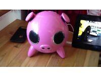 iPOD iPHONE PINK PIG SPEAKER