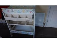 Baby changing station & bath