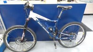 Beau vélo de montagne Rocky Montain(P023068)