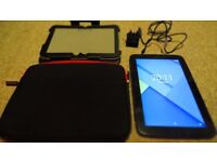 Samsung Google NEXUS 10. 32gb. 2 Cases included. Very Good condition