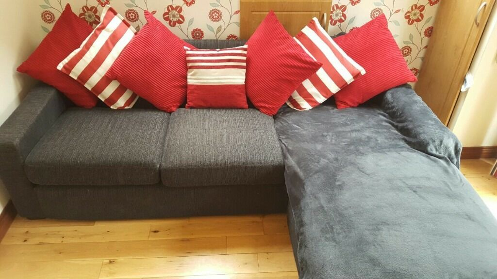 Corner sofa for salein Lowestoft, SuffolkGumtree - Corner Sofa for Sale. I brought this swcind hand 6months ago and have had the uphosltery professinaly cleaned and replaced all back cushions. lovely comfy sofa. one mark on left arm. very small. blanket thrown in too. selling as moving to fully...