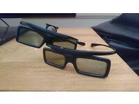 3 d Glasses x 2