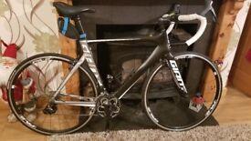 Giant Racing Bike *road*