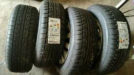 4x New winter tyres 215/60/r16 with ford wheels