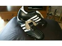 Mens adidas world cups, size 12.