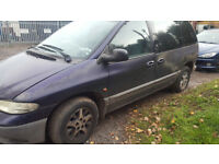 CHRYSLER VOYAGER PETROL. ROOF BARS. 3.3 LITRE. TOWBAR. 7 SEATER AUTOMATIC. 129,000. MOT EXPIRED