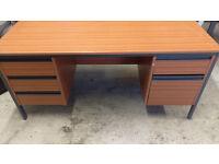 5Ft Mahogany Verneer Desk - Twin Pedestal