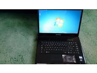 Advent Roma 1000 laptop windows 7 premium 3GB ram with case