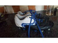 Size 4 football boots studs