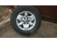 nissan 4x4 alloys and tyres full set