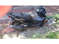 HONDA PCX 2014 Black, good condition, great fun to ride!