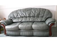 GENIUNE 100% LEATHER 3 SEATER SOFA AND TWO CHAIRS