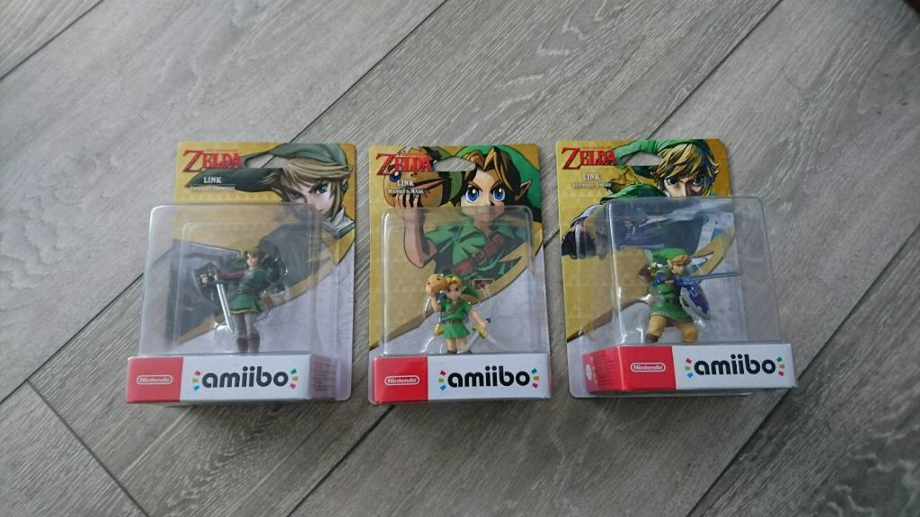 Legend of Zelda amiiboMajoras Mask, Twilight Princess, Skyward Sword LinkNintendoNEWin Wirral, MerseysideGumtree - Brand new and unopened. 3x The Legend of Zelda amiibo. Link Skyward Sword. Link Majoras Mask. Link Twilight Princess. For use on Nintendo Switch, Wii U and new 3DS.Postage £6. Collection fine from Wirral, Merseyside