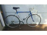Giant road racer touring bike bicycle
