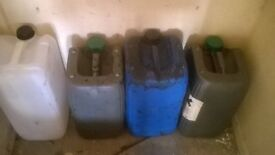 4 large diesel/petrol comlntainers