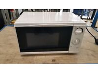 TESCO MICROWAVE 700 WATT