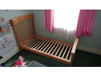 Cot bed, great condition. With matress