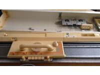 Brother kh840 knitting machine