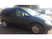 CHRYSLER VOYAGER LX. 2005. 2.8CRD DIESEL AUTOMATIC 7 SEATER. NEW MOT. LEATHER. 164000