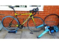 Focus cayo road bike, turbo trainer and accessories.