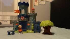 Happyland Castle Set