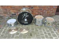 Selection of drums kit