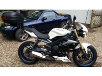 Street Triple 675 - beautiful condition - £5,175 or £4,975