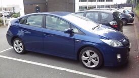 PCO CAR HIRE AVAILABLE, TOYOTA PRIUS T4, 2011, £140/WEEK, HALF LEATHER.