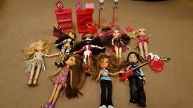 Bratz dolls bundle