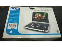 Widescreen portable LCD DVD player
