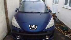 Peugoet 207 breaking for spares hi