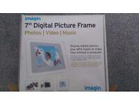 7'' digital picture frame