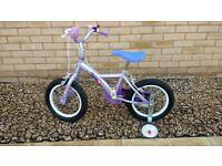 Apollo Petal Childs Bike - Girls: Great little starter bike with stabilisers