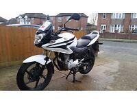 Honda CBF125, 2010, White, ONLY 5715 miles