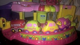 pink toot toot drivers garage + 4 vehicles