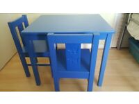 CHILDRENS IKEA KRITTER TABLE & CHAIRS