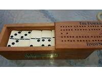 Dominoes and cribbage set