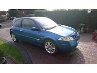 renault megane 1.6 dynamique ,very high spec, read the advert for full spec.