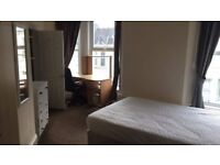 Ensuite large double bedroom in student house share