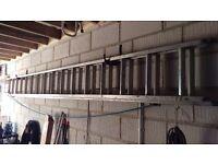 Extending Aluminium Ladder