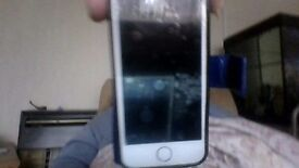 i phone 5s in good condtion in gold must sell guick due house move