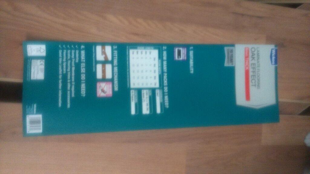 5 Packs Of Oak Laminate Flooring And Beading